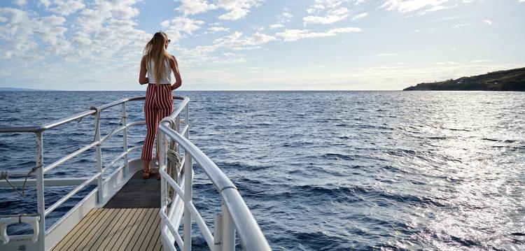 sunset cruise amenities